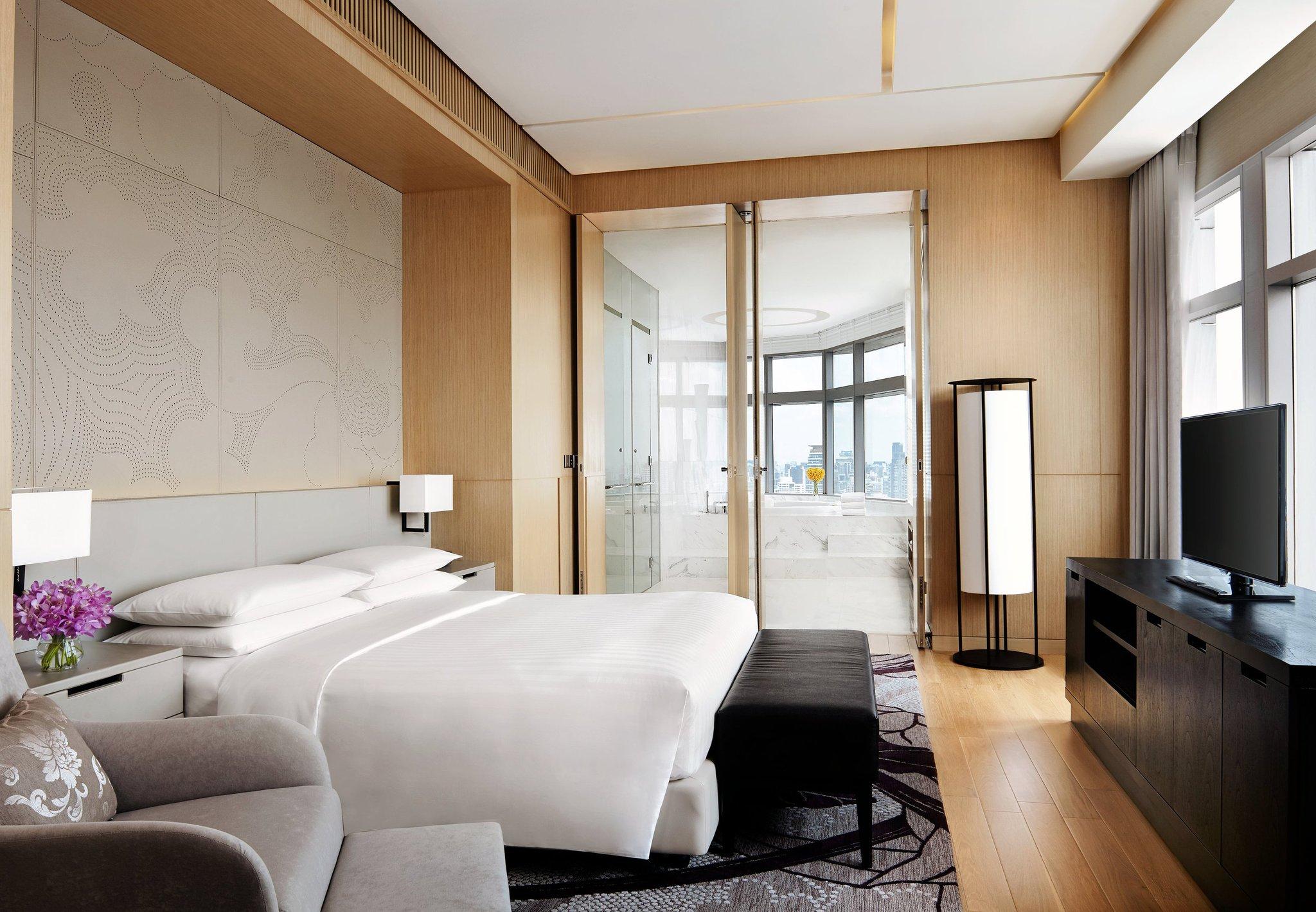 バンコク マリオット ホテル スクンビットの清涼感あふれる客室デザイン