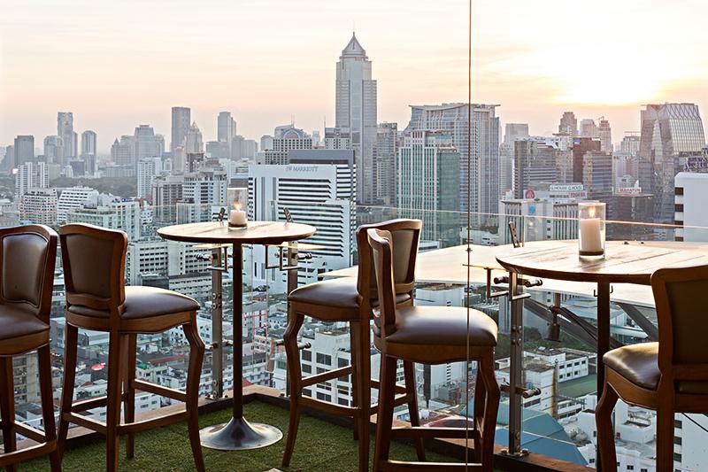 フレイザー スイーツ スクンビット バンコク「アバブ イレブン」から見下ろすバンコクのダウンタウン