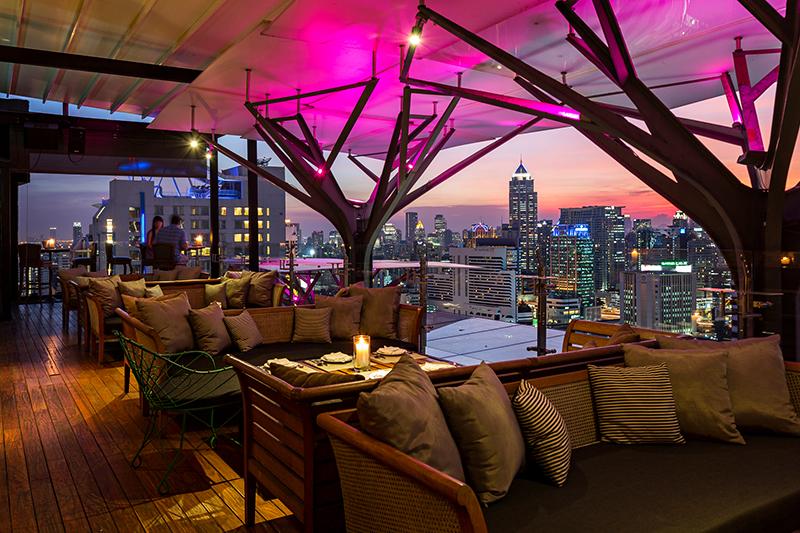 フレイザー スイーツ スクンビット バンコク「アバブ イレブン」から望むバンコクの夜景