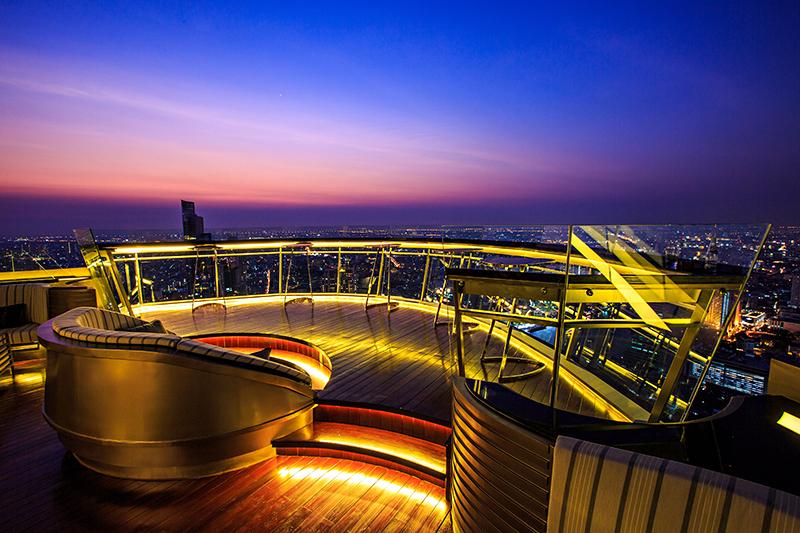 ルブア アット ステートタワー「スカイバー ルーフトップ」から望むバンコクの夜景