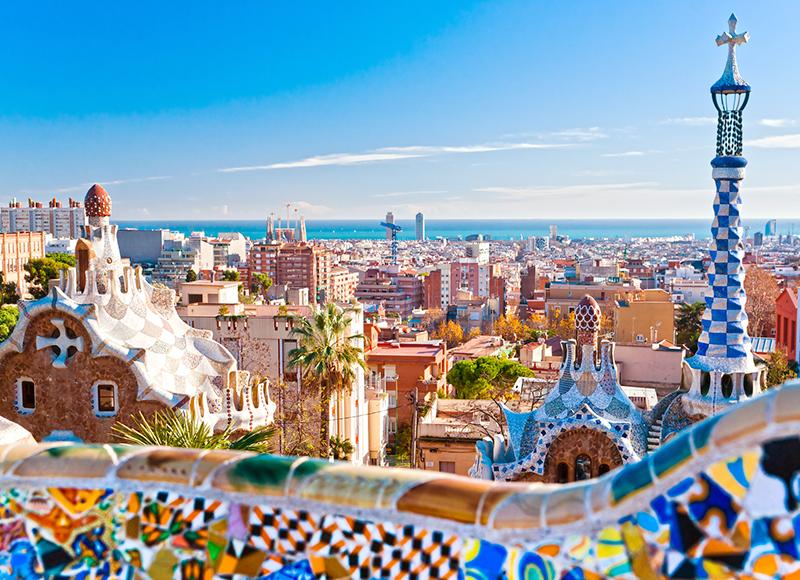 スペイン バルセロナの色鮮やかな景観