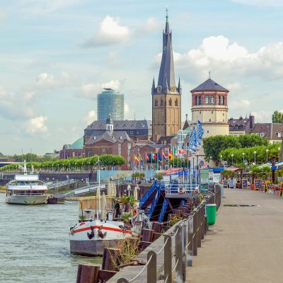 DEST_GERMANY_DUSSELDORF_Duesseldorf panorama with river Rhein_shutterstock-premier_125419469_momondo_Within usage period_28271