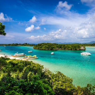 DEST_JAPAN_OKINAWA_ISHIGAKI_White sand beach at paradise tropical island-shutterstock-premier_293677460_Universal_Within usage period_25534