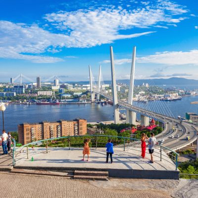 DEST_RUSSIA_VLADIVOSTOK_Golden Bridge_shutterstock_547833049_Universal_Within usage period_31033