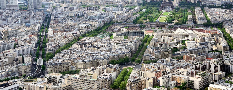 パリのレンタカー