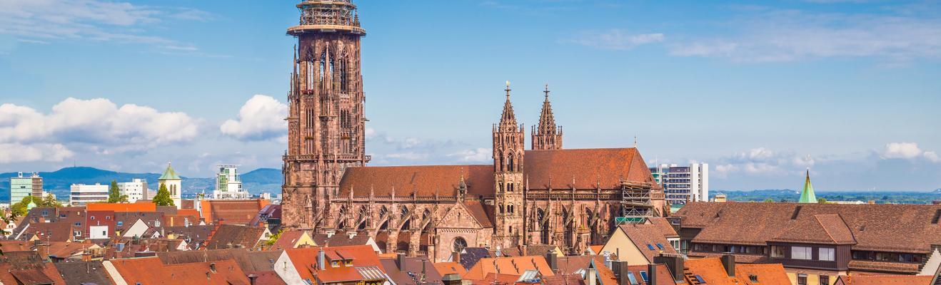Freiburg im Breisgau - ワイン, エコ, 歴史的地区