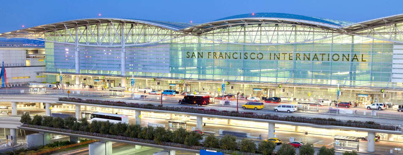 サンフランシスコ国際空港のレンタカー