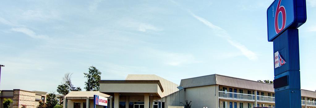 Motel 6 Mount Pleasant, TX - Mount Pleasant - 建物