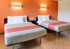 Motel 6 Mount Pleasant, TX - Mount Pleasant - 寝室