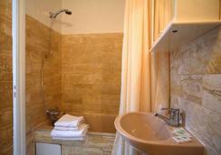 レジデンス デュ リヨン ド ルーヴル - パリ - 浴室