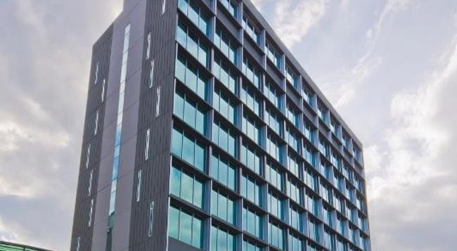パーク アベニュー チャンギ - シンガポール - 建物