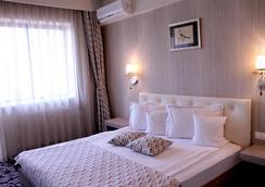 Best Western Silva Hotel - シビウ - 寝室