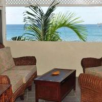 Bird Rock Beach Hotel Bar/Lounge