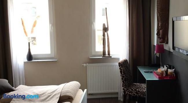 ホテル ザントマンス アム ドム - ケルン - 寝室
