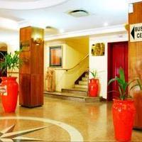 New Ambassador Hotel Lobby