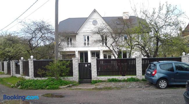 Oti Guesthouse - タリン - 建物