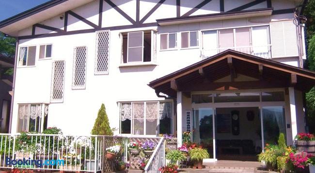 旅館 西宮荘 - 富士河口湖町 - 建物