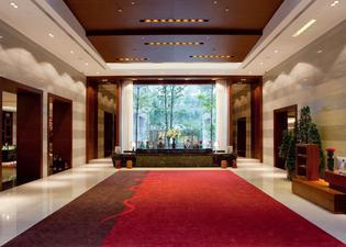 カラット ホテル