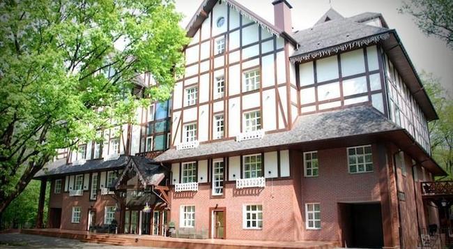 パーク ホテル ゴロシエヴォ - キエフ - 建物