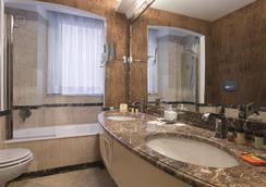 ホテル デイ メッリーニ - ローマ - 浴室
