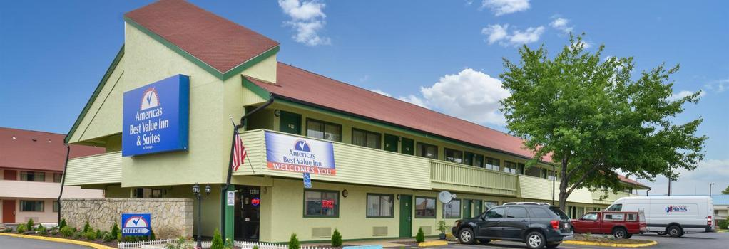 Americas Best Value Inn - Kansas City East / Independence - Independence - 建物