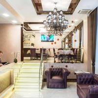 Bonapart Hotel Lobby