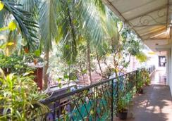 Goan Holiday Resort - カラングート
