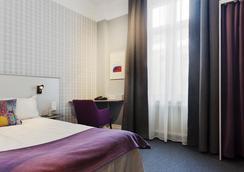 First Hotel Örebro - エーレブルー - 寝室