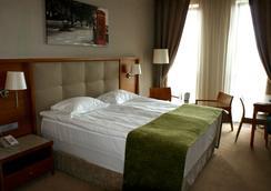 シティ ホテル - キエフ - 寝室