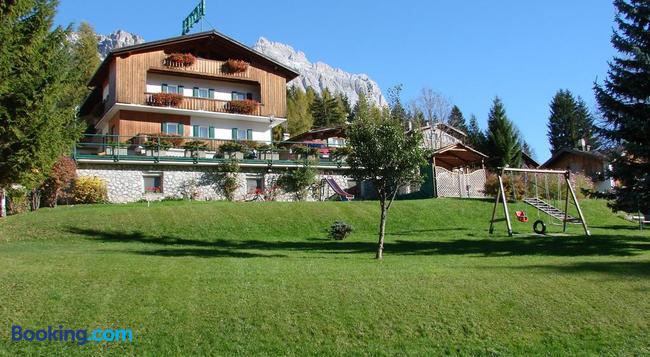 Hotel Villa Gaia - Cortina d'Ampezzo - 建物