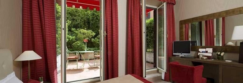 デイ ボルゴニョーニ ホテル - ローマ - 寝室