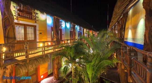 Hotel El Pueblito - Holbox - 建物