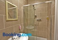 セントラル ホテル グロスター - グロスター - 浴室