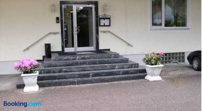 Hotel Adler - アウグスブルク - 建物