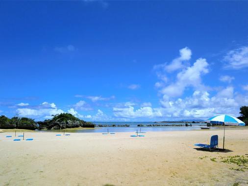 ベストウェスタン沖縄恩納ビーチ - 沖縄市 - ビーチ