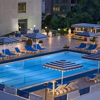 ベストウエスタン プラス カーン ホテル Outdoor Swimming Pool