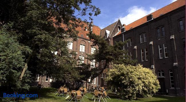ゲストハウス ポルトアケル - ヘント - 建物