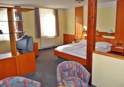 シティ パートナー ホテル シュトラウス - ヴュルツブルク - 寝室