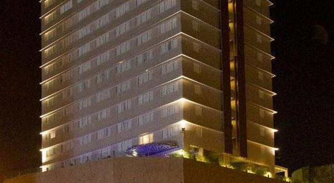 Acacia Hotel Manila - Muntinlupa - 建物
