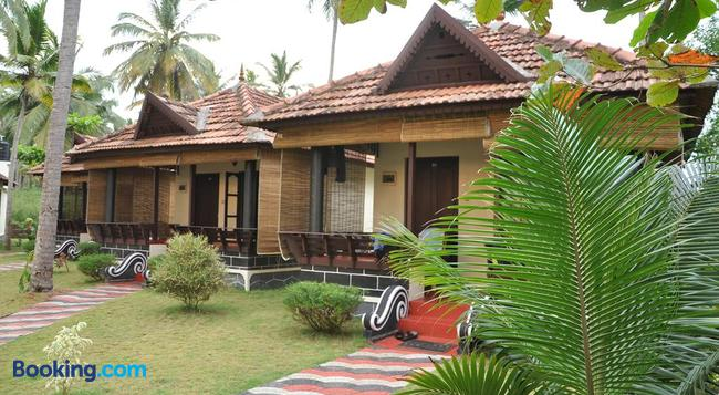 Maadathil Cottages - Varkala - 建物