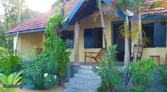 15LMD - Batticaloa - 建物