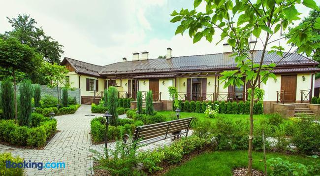 Petrani Central - キエフ - 建物