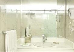 Rio Amazonas Hotel - キト - 浴室