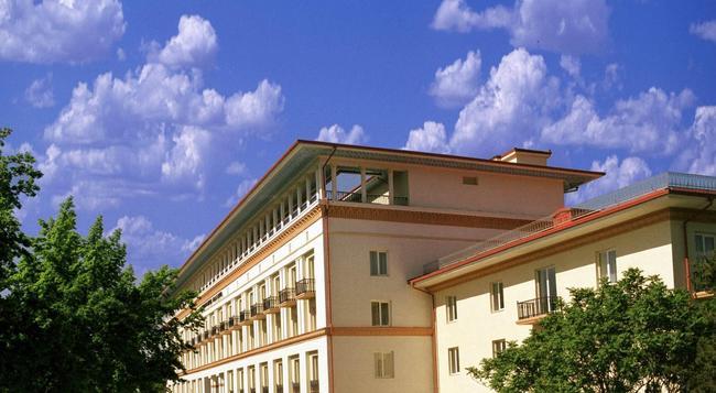 タシュケント パレス ホテル - タシケント - 建物