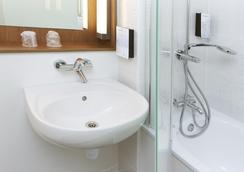 カンパニール パリ エスト ボビニー - ボビニー - 浴室