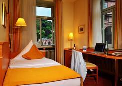 シティ パートナー ホテル ホレンダー ホフ - ハイデルベルク - 寝室