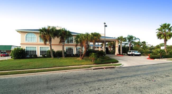 Best Western Paradise Inn - Corpus Christi - 建物