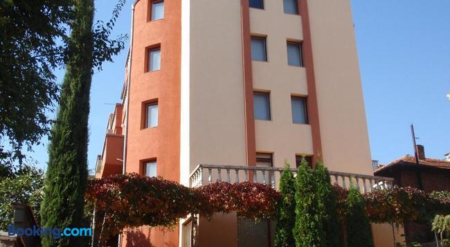 Family Hotel Saint Iliya - Burgas - 建物