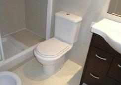 Apartamentos Cargador Beach 3000 - アルコセブレ - 浴室