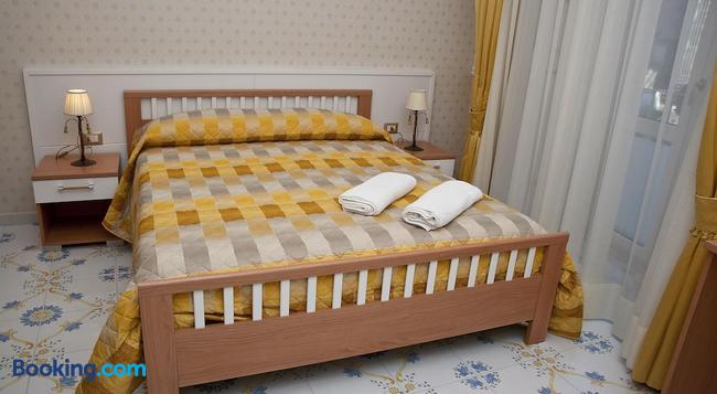 オリンポ デグリ デイ - ナポリ - 寝室